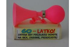 306509 TRĄBKA NA SEX 60-LATKO